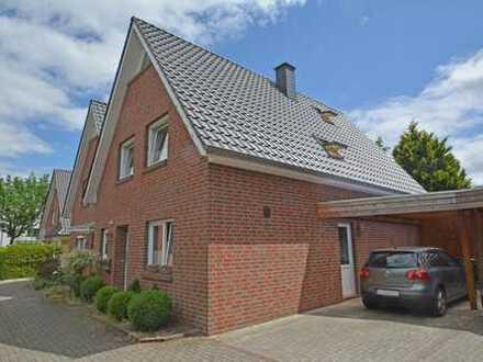Liebevoll gepflegte Doppelhaushälfte mit Carport in guter Wohnlage von Oldenburg-Ohmstede