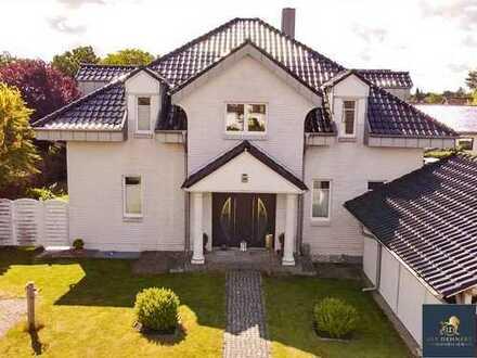 Traumhafte Villa - 2 Wohneinheiten möglich - Energiesparhaus KFW 70