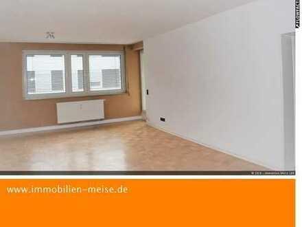 Schicke 3-Zimmer Wohnung in Citylage . 1 OG - renoviert- neue Gasheizung