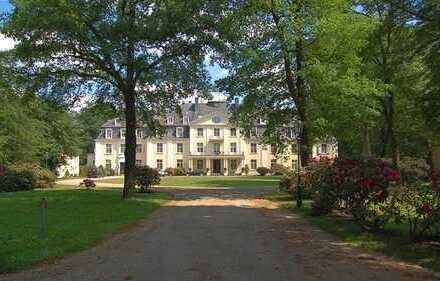 Herrschaftliches Anwesen auf parkähnlichem Grundstück