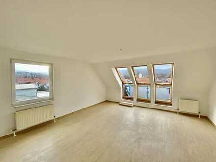 Helle 3-Zimmer- Dachgeschosswohnung in ruhiger Lage