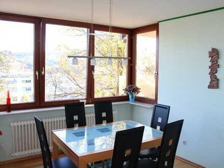 Helle 3-Zimmer Whg. mit 2 Balkonen
