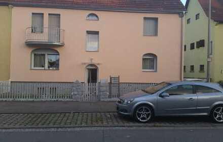 Sanierte 4-Zimmer-Wohnung mit Balkon in Niefern