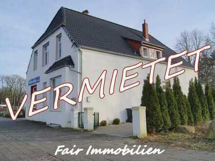 * OSTERHOLZ   Renovierte 2-Zimmer Erdgeschoss- Whg. mit Wohnküche in zentraler Lage *