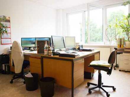 Repräsentativer Firmenauftritt! Helles Büro mit mittelgroßem Lager in gut angebundener Lage