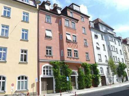 Wunderschöne 4-Zimmer Altbauwohnung mit sehr guter Ausstattung in Toplage / Haidhausen !!!