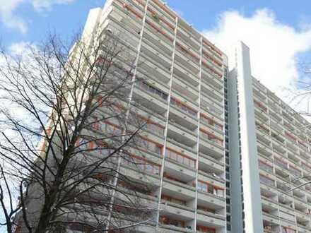 Ruhiges 1-Zi.-Apartment mit großer West-Loggia nähe U-Bahn-Station in München-Laim