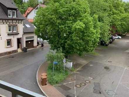 gut geschnittene 3-Zimmer-Dachgeschoß-Wohnung mit Balkon in Niefern-Öschelbronn, Gartenstr.11