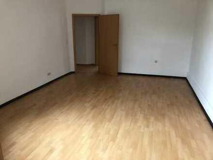 Attraktive, sanierte 4-Zimmer-Wohnung zur Miete in Bochum für 4 Personen