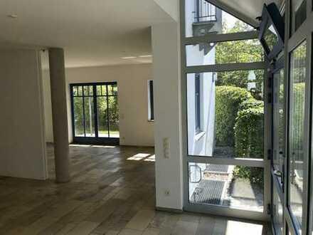 Exklusive, gepflegte 2,5-Zimmer-Wohnung mit hochwertiger Innenausstattung in Murnau