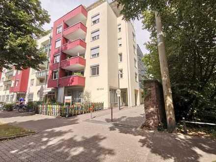 Tolle 4 Zimmerwohnung mit 2 Balkone in ruhiger Lage in KA-West