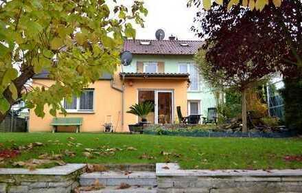 Sehr schönes und gepflegtes Zweifamilienhaus - Generationenhaus - Kapitalanlage - Eigennutzung