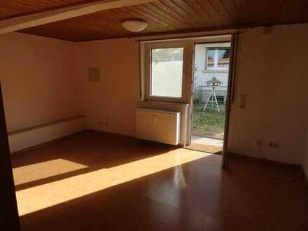 Enkenbach-Alsenborn, Einliegerwohnung mit sep. Eingang, 1 ZKB, Einbauküche, Tageslichtbad