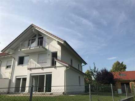 Neu-Greifenberg/Ammersee - Wohnen und Arbeiten unter einem Dach - DHH mit 7 Zimmer, 2 Bäder ...