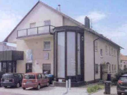 Gepflegte 2-Zimmer-Wohnung mit Balkon in Leonberg