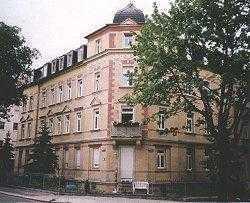 Große 2-Raum-Whg. im DG mit Terrasse und Blick über Dresden ab SOFORT zu vermieten!