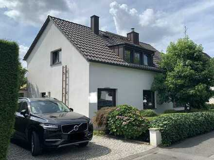 Exklusives freistehendes Einfamilienhaus in Düsseldorf - Grafenberg!