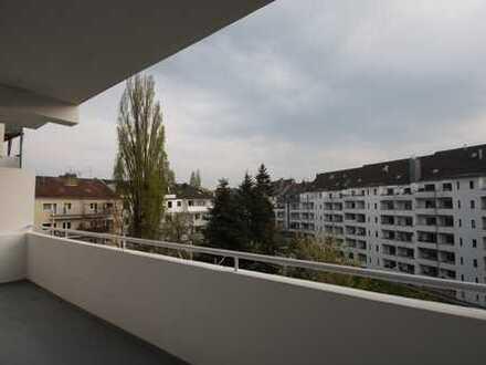 Zooviertel -renovierte, helle 4-Zimmer Wohnung mit großem Balkon