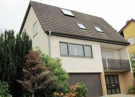 Freistehendes Einfamilienhaus in Esslingen (Kreis), Aichwald