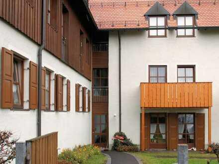 Mitterteich . 2-Zimmer-EG-Wohnung in zentraler Lage mit WBS I
