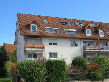 Gemütliche 4 Zi.-Dachgeschosswohnung mit viel Potenzial