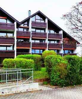 Erstbezug nach Sanierung: schöne 2-Zimmer-Wohnung mit Einbauküche, Balkon und grandioser Aussicht!