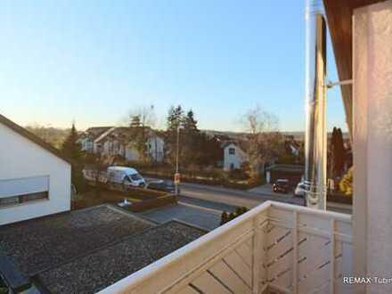 Attraktive Dachgeschosswohnung in 3-Familienhaus