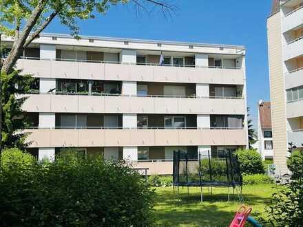 NEU am Markt: Für Selbstnutzer oder Kapitalanleger: 3 ZKB mit 2 Balkonen in Pfersee zum Kauf