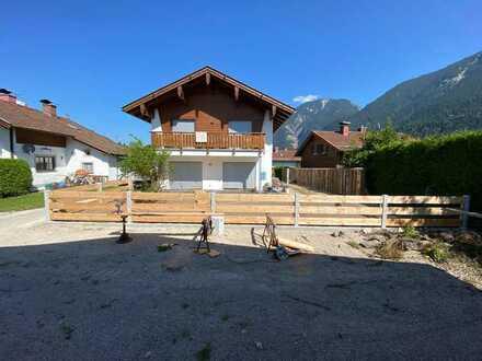 EffizienzHaus ca.165 m², EBK, Balkon in Garmisch- Partenkirchen