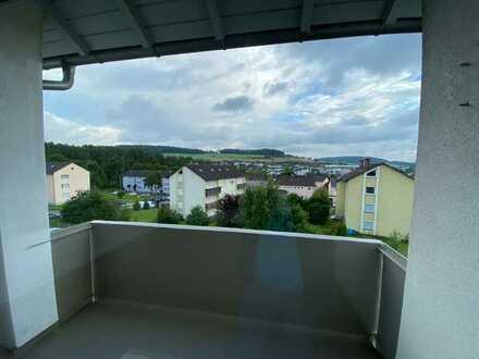 Vollständig renovierte 3-Zimmer-Wohnung mit Balkon in Calw-Heumaden