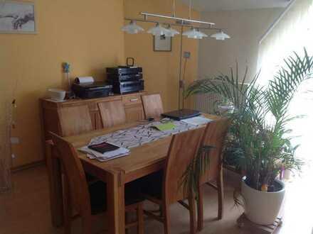 Nachmieter 2 Zimmer Wohnung inc. Tiefgarage+Stellplatz mit EBK