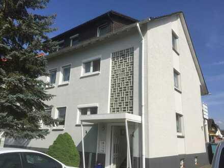 Gepflegte 4-Zimmer-Wohnung mit Terrasse und Einbauküche in Teningen