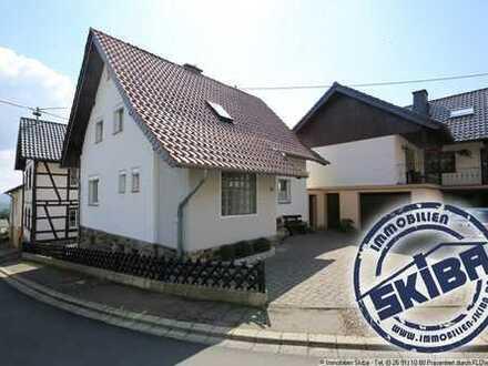 Einfamilienhaus mit Balkon und Garage im Eifelhöhenort Lind