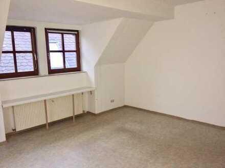 2,5 Zimmer Wohnung im Herzen von Neuburg.
