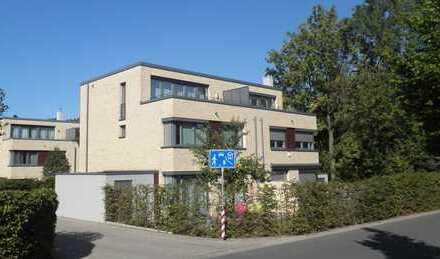 Moderne Doppelhaushälfte mit gehobener Ausstattung in Kirchrode, Elly-Beinhorn-Straße