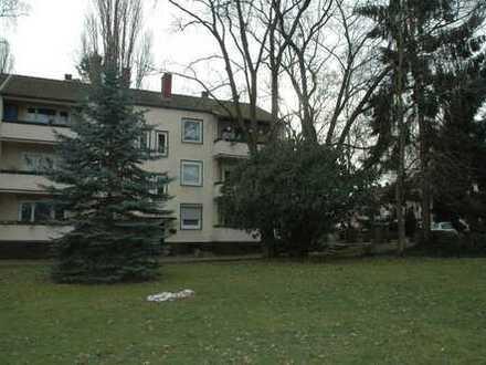 Sehr gepflegte 3-Zimmer-EG-Wohnung mit Balkon in Bonn Duisdorf