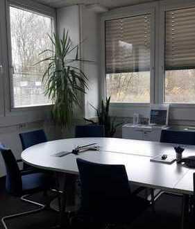 HSC GmbH - komplett renovierte Bürofläche! PROVISIONSFREI!!!