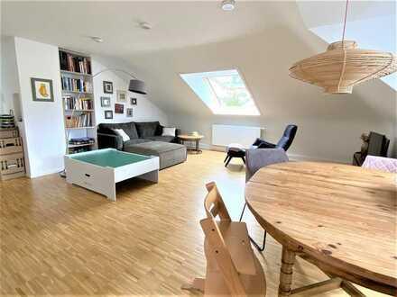 Helle 4 Zimmer Dachgeschosswohnung Stuttgart - Gänsheide - KEIN BALKON -