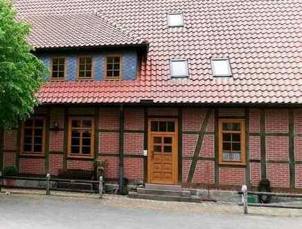 Geräumige Obergeschosswohnung in einem gepflegten Fachwerkhaus