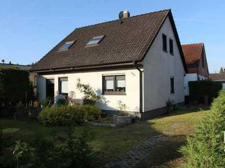 VERKAUFT Freistehendes Einfamilienhaus mit vier Zimmern in Mannheim, Gartenstadt *von privat*