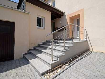 *Wohnen mit Burgcharakter - Exklusive 3,5- ZKB- Wohnung in Stollberg*