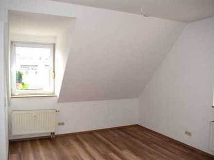 Schöne DG- Wohnung in guter Wohnlage
