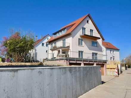 Kernsanierte 3-ZI-Wohnung mit Süd-Balkon zu vermieten. Alles neu!!
