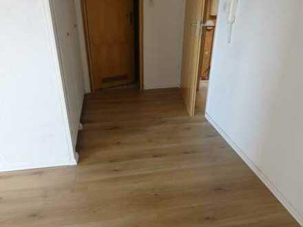Helle 2 Zimmer Wohnung in der Erfurter Straße