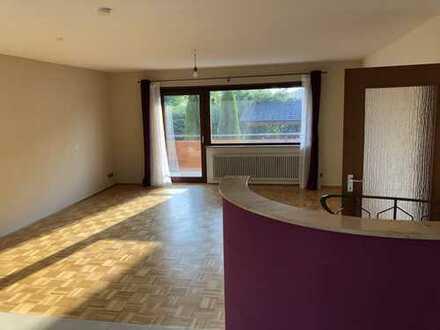 Schöne fünf Zimmer Wohnung in Rhein-Neckar-Kreis, Weinheim/Lützelsachsen
