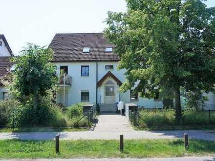 Freie 3 Zimmer EG Wohnung mit Garten, Terrasse und Garage (ca. 82m² Wohn-/Nutzfl.) zu verkaufen!