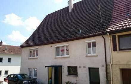 Haus gut und günstig, kann ggf. ohne große Renovierung sofort bezogen werden