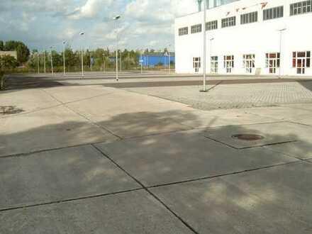 Befestigte Freiflächen als Lager- und Abstellfläche für Baufirmen o.ä.