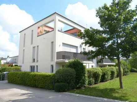 Helle 3-Zimmer-Wohnung mit Terrasse in Höhenkirchen