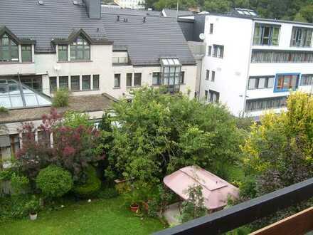 neuwertige Etagenwohnung mit Balkon in Citylage von Diez